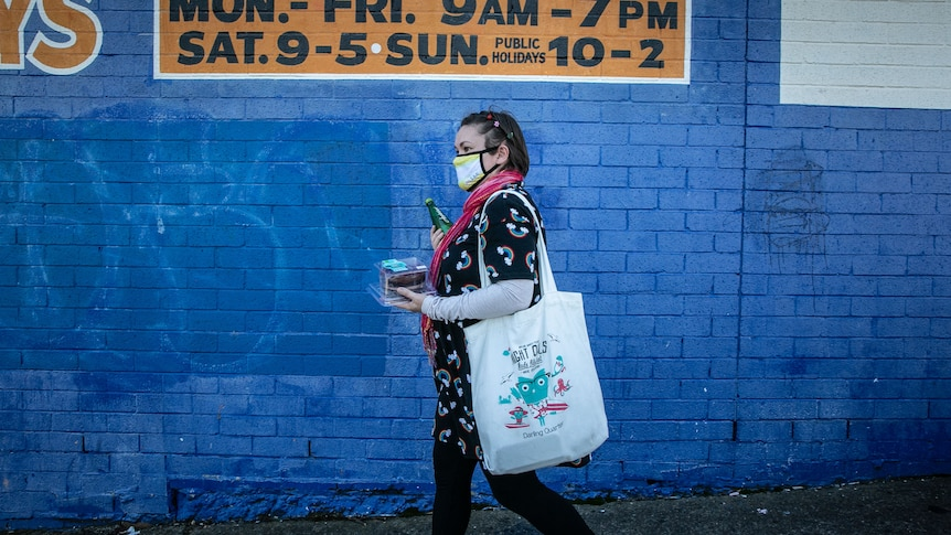 How Sydney's COVID-19 lockdown is dividing the city